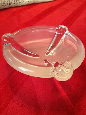 Vintage Art Deco ~ Frosted Art Glass Ashtray 5 1/2""