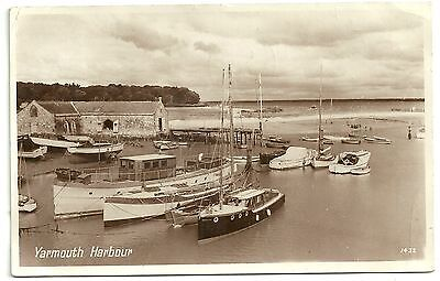 Isle of Wight postcard Yarmouth Harbour