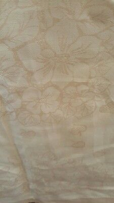 damask tablecloth pale peach plus 12 serviettes
