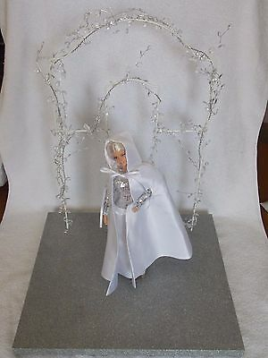 2012 Barbie Doll Convention * St Petersburg  * Table Centerpiece Doll