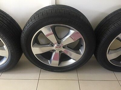 4x 20 inch Jeep Grand Cherokee Alloy Wheels Genuine MAGS + Near New Tyres