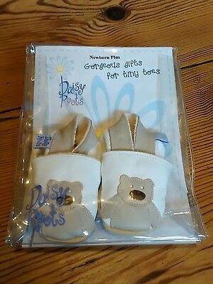 Brand new Daisy Roots soft leather baby shoes - newborn plus/x-small