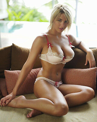 Gemma Atkinson 8x10 Hollywood Celebrity Photo 8 x 10 Color Picture 1183