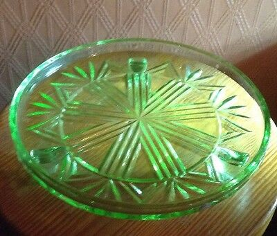 Vintage Pressed Glass Green Cake/ Cup Cakes Stand -