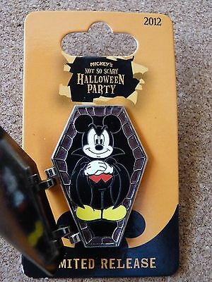 Disney Halloween Party 2012 LR  hinged Dracula  Mickey Mouse  pin