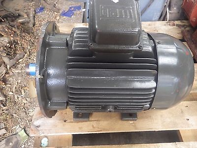 WEG 7.5KW, 3 phase electric motor, New/Unused