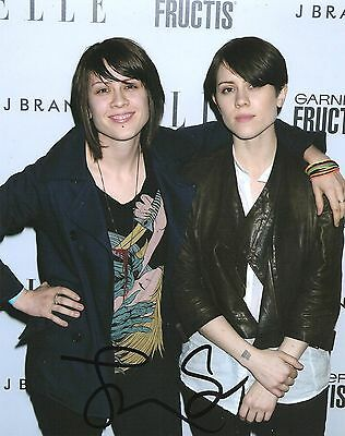 Tegan And Sara Quin Signed 8X10 Photo Proof Coa Autographed Back In Your Head