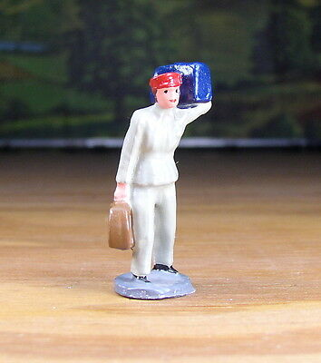 Vintage Porter Carrying Luggage People Metal Figure O / S Scale Train Layout