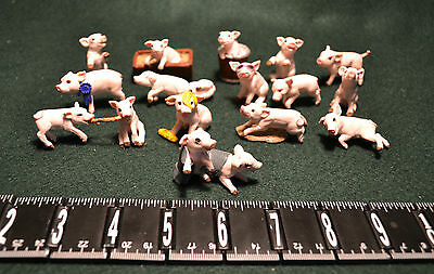 Lot Of 15 Resin Miniature Figurines/pigs/piglets/1997 Topps