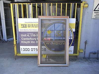 Timber Double Hung Window 1497 H x 915 W (Item 2635)