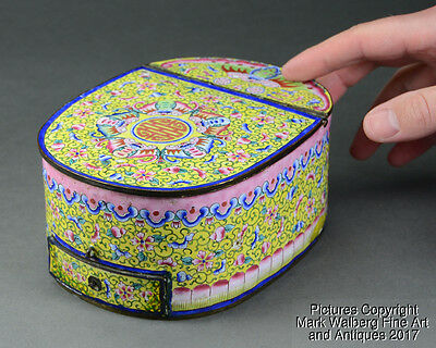 Chinese Canton Enamel Cosmetic Box, Bats & Floral Designs, 18th to 19th Century