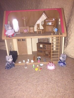 Sylvanian Families Rose Cottage Furniture Figures And Accessories Bundle