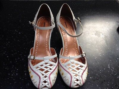 Ladies white strappy leather wedge heel shoes UK Size 6