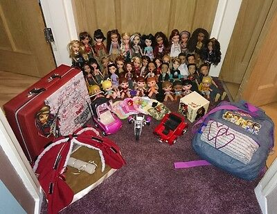 Large Bratz dolls bundle with accessories