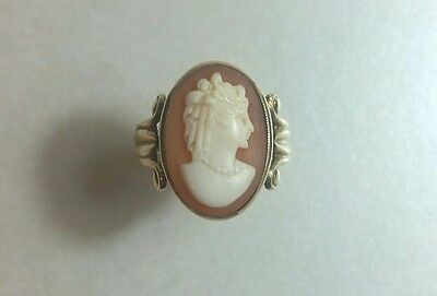 Vintage 9ct Yellow Gold Cameo Ring