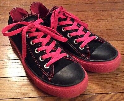 CONVERSE ALL STAR Low ATHLETIC SHOES Men's 7 Women's 9 BLACK/HOT PINK SNEAKERS