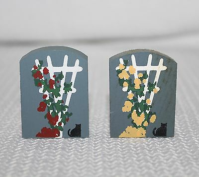 "Faline Cats Meow ""2 Trellis 1 Red Roses, 1 Yellow Roses "" Shelf Sitter Accessory"