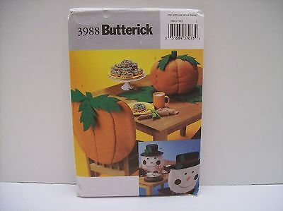 Butterick #3988 Tabletop for Fall & Christmas Patterns - NEW/Uncut