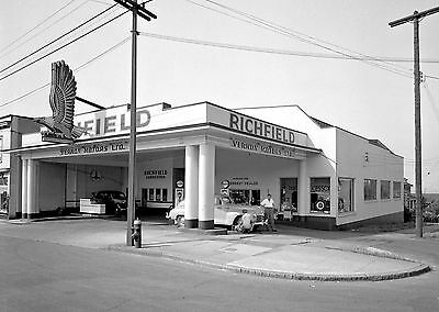 ATLANTIC RICHFIELD GAS VERNON MOTORS 1946 SERVICE STATION ATTENDANT 5x7 glossy