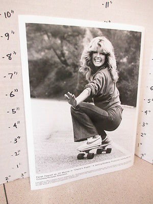 CHARLIE'S ANGELS ABC TV studio show promo photo 1981 Farrah Fawcett skateboard