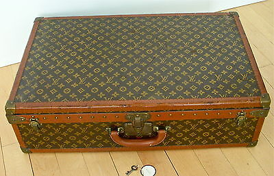 "VINTAGE- EARLY 1900's - LOUIS VUITTON -30""- STEAMER TRUNK / HARD CASE- LABEL &"