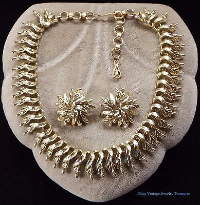 Vintage CoroCraft Gold Tone Collar Necklace & Clip Earring Set