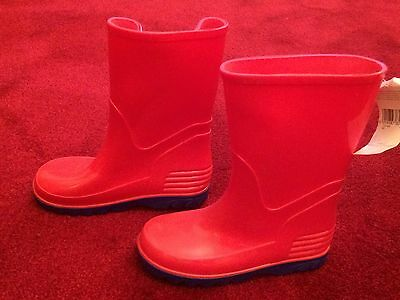 Kids wellington boots - red with electric blue soles - size 27