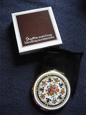 Stratton Compact Mirror White Flowered Design Brand New In Box