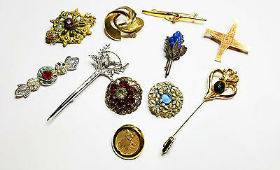 10 Vintage Brooches. Some For Refurb