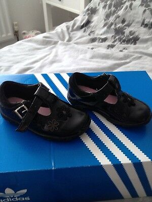 Clarks First Shoes Size 5F - Baby Girls Shoes