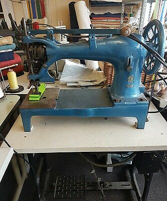 singer 7 -27 Twin needle heavy duty industial sewing machine