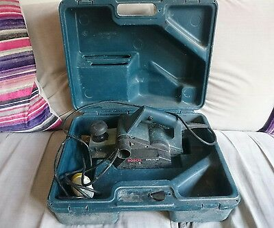 BOSCH GHO 31-82 PROFESSIONAL PLANER 240v WITH CASE FREE POSTAGE
