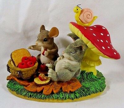 Charming Tails Figurine Life's A Picnic With You