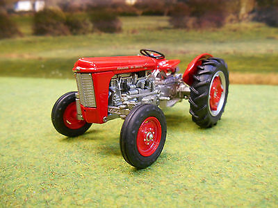 Universal Hobbies Ferguson 35 Special 1958 Tractor 1/32 4989 Boxed & New