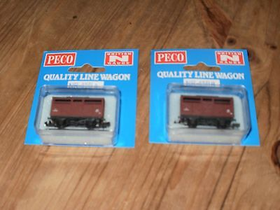 N Gauge 2 Peco Wagons Cattle Van New In Box