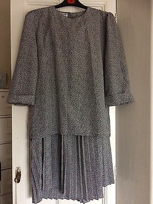 Vintage Jaeger Women's Matching Set- Top And Skirt