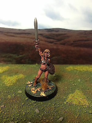 hasslefree miniatures female Barbarian Delphine - well painted