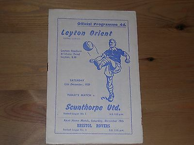 1959/60  LEYTON ORIENT v SCUNTHORPE UNITED  DIVISION 2  12/12/1959