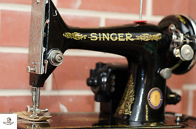 SInger Sewing Machine No 99-13 with Knee Control & Brentwood Case & Instructions