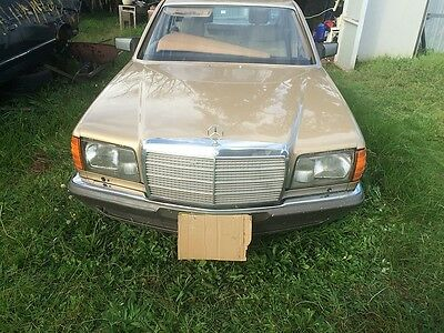 Wrecking Mercedes 380 sel All parts availble