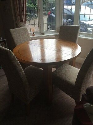 G Plan Extending Round Table Oak And Chairs