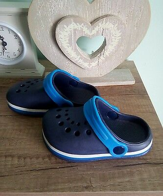 boys blue beach Summer shoes in size 5 infant New