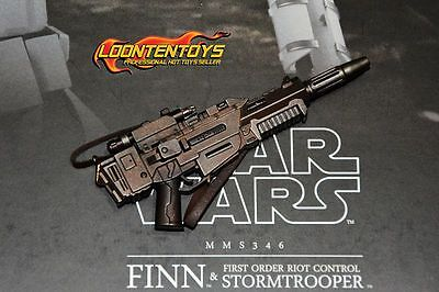 Hot Toys 1/6 MMS346 – Star Wars: The Force Awakens - Finn blaster with strap