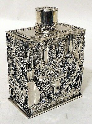A repousse silver tea caddy, Netherlands, dated 1901.