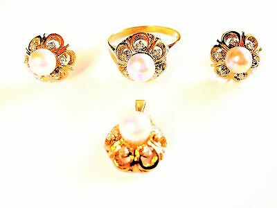 Jewelry set (Ring, Pendant, Earrings) Gold 585 with pearls and Diamonds