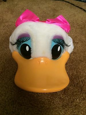 Vintage Walt Disney World Daisy Duck Hat Snap Back Mesh Bill Collectible Cap