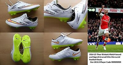 2014-15 Theo Walcott Match Issued & Signed Arsenal Nike Mercurial Boots (10073)