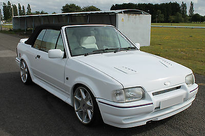Ford Escort 1.6 Efi Rs Turbo Cabriolet G 1990 Frozen White