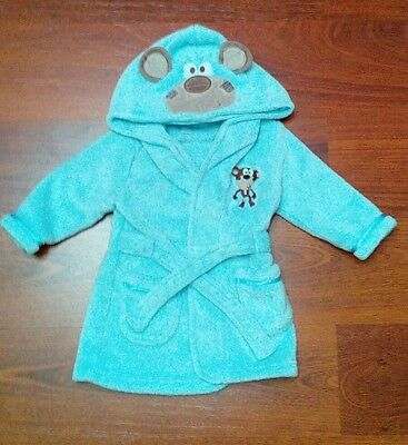 Baby boy dressing gown 0-6 months plus towels