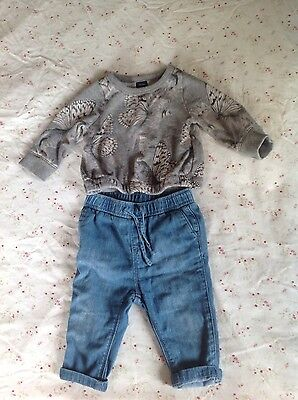 Baby Gap jumper & jeans size 6 - 12 months